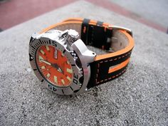 Orange Monster strap???? Seiko Marinemaster, Seiko Monster, Seiko Mod, Seiko Diver, Seiko Watches, G Shock, Porn, Mens Fashion, Orange