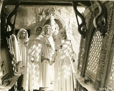 Still of Deborah Kerr, Judith Furse, Jenny Laird and Flora Robson in Black Narcissus (1947) | © COURTESY OF THE TEEGARDEN/NASH COLLECTION