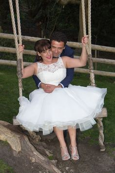 Photos on romantic swing at East Dene #Swing #WeddingPhotos #IsleofWight www.eastdeneiow.co.uk