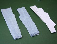 Crochet Toy Barbie Clothes Sew Simple Removable Jeans for Any Size or Scale of Doll - Make this pair of simple jeans for any size or scale of doll using a custom pants sloper to draft the pattern. Diy Barbie Clothes, Sewing Doll Clothes, Sewing Dolls, Girl Doll Clothes, Doll Clothes Patterns, Doll Patterns, Barbie Sewing Patterns, Hat Patterns To Sew, Doll Tutorial