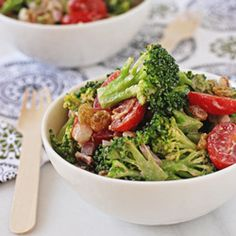 Broccoli Salad - Cook Nourish Bliss- Healthy broccoli salad: try all Greek yogurt instead of part mayo. Forget the bacon if you're not a fan! If you are, use sparingly and throw away the bacon grease! (No saving in the fridge! Healthy Broccoli Salad, Healthy Salad Recipes, Fruit Recipes, Pork Recipes, Lunch Recipes, Vegetable Recipes, Brocolli Salad, Clean Eating Salads, Healthy Eating