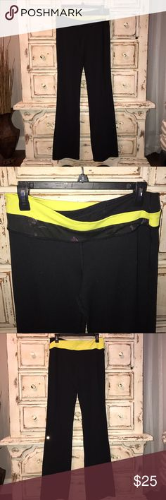 Lululemon Astro pant Size 12 lululemon Astro pant.  Yellow and flower detail at waist. Good condition with some pilling due to wash and hang.  Never dried.  Save 30% with bundle of 3 or more!   Comes from smoke free home ✌🏻 Pants Boot Cut & Flare