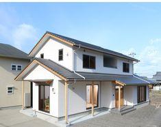 House Roof, Facade House, Japan House Design, Japanese Buildings, Minimal Home, Japanese Aesthetic, Random House, Japanese House, Pool Houses