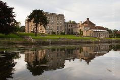 Stoneleigh Abbey wedding venue with the River Avon. Martin Hemsley Photography.