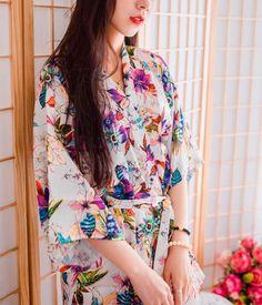 b0bc57cde6 Wedding Pajamas Japanese Silk Robe Kimono Bridesmaid Robes Floral Flowers  2016 Nightdress Sleepwear Broken Flower Kimono