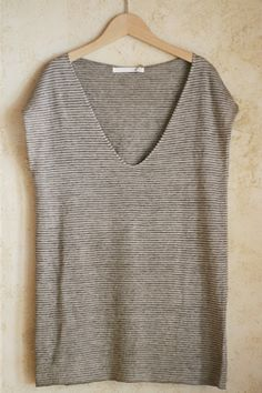 linen tunic...with leggings...good lay around reading a book and sipping coffee wear :)