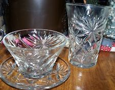 Glassware from the oatmeal box. Antique Dishes, Antique Plates, Serving Dishes, Food Dishes, Fostoria Crystal, Eclectic Modern, Small Desserts, Dessert Bowls, Vintage Glassware