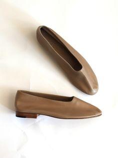 Martiniano Glove Shoe - Beige