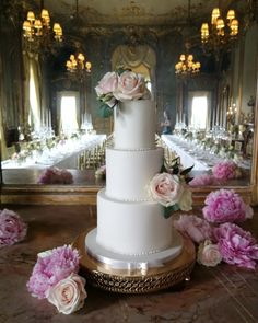 Fresh avalanche roses and peonies adorn this beautiful sophitsicated wedding cake. Ivory Wedding Cake, Beautiful Wedding Cakes, Peony Flower, Flowers, Timeless Wedding, Wedding Cake Designs, Special Day, Peonies, Blush Pink