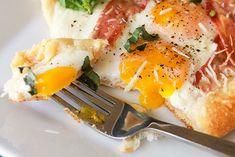 2012-05-02-bacon-eggs-crescent-squares-final-580