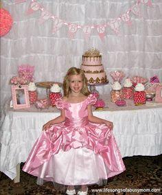 Grace Olivia's Pink Princess Party | CatchMyParty.com