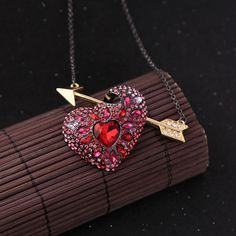 Red Crystal Arrow Heart Pendant Necklace Brand New Maxi Necklace Fashion Jewelry