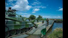 Υψηλού συμβολισμού άσκηση: Διάβαση ποταμού από τον Ελληνικό Στρατό - σαφ... Military Archives, Military Vehicles, Army Vehicles