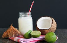 Coconut Lime Margaritas: Put the lime in the coconut and drink it all up! #cincodemayo