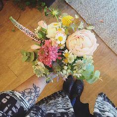 Et continuer à fleurir des mariages... #fleuriste #florist#fleuristebordeaux #bouquet #avrilmai