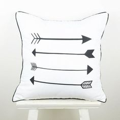 [Visit to Buy] 45*45 cm Home Decorative European  Black White Arrow Throw Cushion Cover Pillow Case for Sofa Wedding Gifts capa de almofada #Advertisement