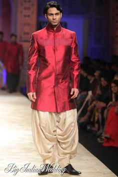 Manish Malhotra kurta and dhoti for #grooms