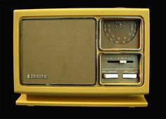 Vintage 70s Radio Zenith Solid State by LilBlackDressVintage, $25.00