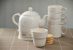 Love Stacking Mugs