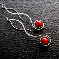 simple but beautiful wire earrings