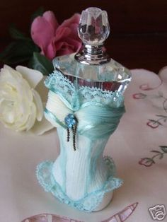 ROMANCE PERFUME BOTTLE WITH CRYSTALS-GO5114BL