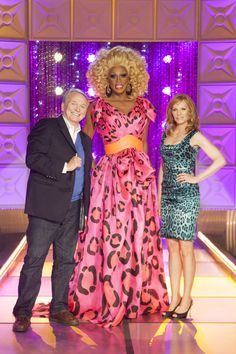 This Monday Bob Mackie and Marg Helgenberger join RuPaul on the main stage of RuPauls Drag Race at 9/8c on Logo followed by the NewNowNext Awards! #TV