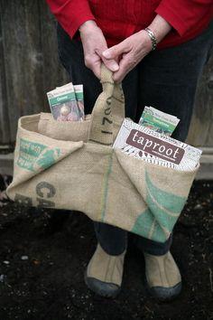 simple gardening bag