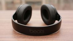 Beats Studio Wireless: A pricey Bluetooth headphone with premium sound Wireless Headphones Review, Studio Headphones, Wireless Headset, Bluetooth Headphones, In Ear Headphones, Cheap Beats, Beats Studio, Beats By Dre, Dj Equipment