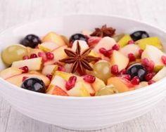 Salade de fruits d'automne : http://www.fourchette-et-bikini.fr/recettes/recettes-minceur/salade-de-fruits-dautomne.html