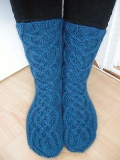 Hennin, Socks, Fashion, Moda, Fashion Styles, Sock, Stockings, Fashion Illustrations, Ankle Socks