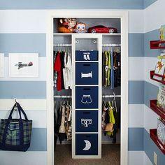 32 Ideas shared closet organization kids small spaces storage for 2019 Boys Closet, Shared Closet, Closet Bedroom, Bedroom Storage, Kids Bedroom, Closet Space, Closet Dresser, Family Closet, College Closet