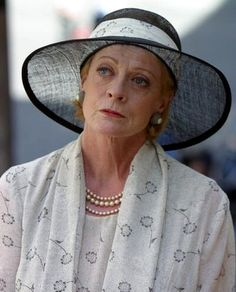 "Dame Margaret Natalie ""Maggie"" Smith, British actress - ""Speak your mind, even if your voice shakes."" Would love to have tea with her one day. British Actresses, British Actors, Actors & Actresses, Tv Actors, Maggie Smith, Harry Potter, Judi Dench, Actrices Hollywood, Helen Mirren"