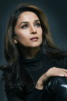Pictures & Photos of Madhuri Dixit - IMDb Beautiful Bollywood Actress, Most Beautiful Indian Actress, Beautiful Actresses, Bollywood Saree, Bollywood Fashion, Bollywood Images, Cute Beauty, Beauty Full Girl, Indian Celebrities