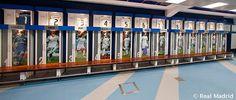 10 vestuarios increíbles de grandes equipos de fútbol | Marca Buzz Real Madrid, Dressing Room, Liverpool, Lockers, Baseball, Football, Photoshoot, Balcony, Parks