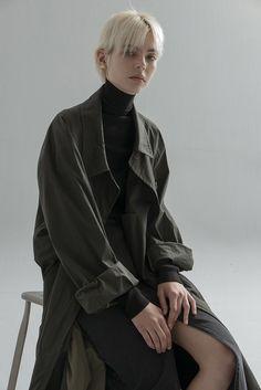 Fashion Poses, Dope Fashion, Fashion Outfits, Womens Fashion, Editorial Photography, Fashion Photography, Tomboy Look, Androgynous Fashion, Harajuku Fashion