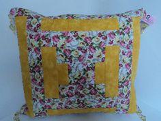 Almofada Flor de poá patchwork