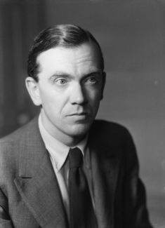 Write Only 500 Words Per Day and Publish Books: Graham Greene's Writing Method Vevey, George Bernard Shaw, Robert Louis Stevenson, Monte Carlo, Havana, Brighton, The Quiet American, Free Films Online, Adam Beach