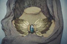 Statement necklace Bib necklace golden necklace labradorite