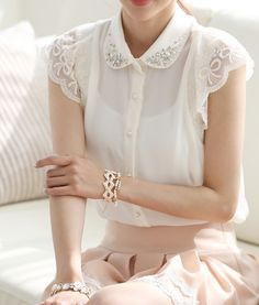 Online Shop Summer women's plus size lace shirt korean style sweet beaded peter pan collar lace short-sleeve patchwork chiffon tops Chiffon Shirt, Chiffon Tops, Lace Chiffon, Sheer Shirt, Sheer Blouse, Dress Lace, Pretty Outfits, Cute Outfits, Elegantes Outfit