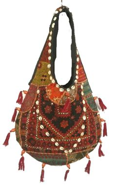 Soflty and chic bohemian bag.