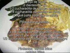 CONEJO AL AJILLO CON PIMIENTOS Y PATATAS FRITAS, receta cordobesa, en mi blog: http://micocinayotrascosas.com/2012/09/conejo-al-ajillo-con-pimientos-y.html