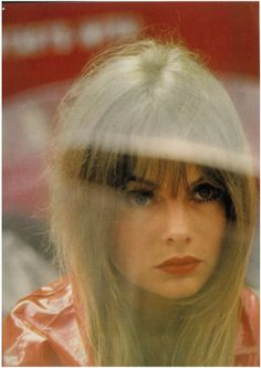 Jean Shrimpton, photo by Saul Leiter for Vogue UK, A classic mod girl. Jean Shrimpton, Saul Leiter, Color Photography, Portrait Photography, Fashion Photography, Artistic Photography, Amazing Photography, Pittsburgh, Twiggy Hair