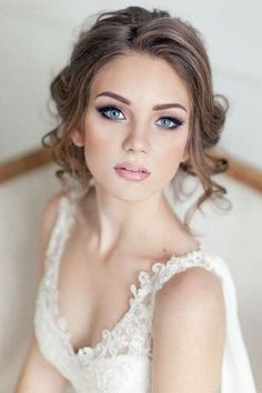Astounding 21 Stunning Wedding Makeup Ideas https://weddingtopia.co/2018/04/12/21-stunning-wedding-makeup-ideas/ Once you get your wedding dress figured out, you'll need to contemplate the kind of shoe you will wear.