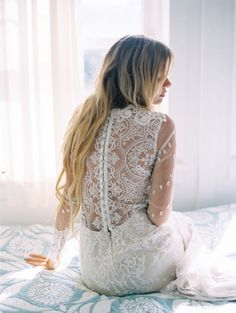 stunning wedding dress idea; photo: Wendy Laurel Photography via SMP
