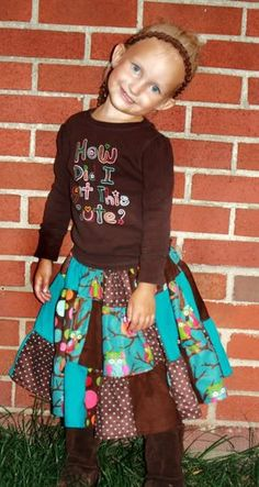 Free Patchwork Skirt Tutorial! Spread the word please sewing friends :o)