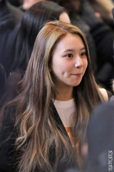 Twice-Chaeyoung 180221 Gimpo Airport heading to Japan