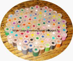 Dessous de verre en crayons de couleurs (DIY) Diy Projects To Try, Decoration, Triangle, Birthday Cake, Crafty, Crayons, Kids, Centre, Blog