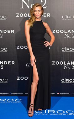 Karlie Kloss in Carolina Herrera attended the premiere of Zoolander 2 at the Capitol Theatre in Madrid on February 1, 2016