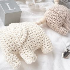 Virkattu norsuvaunulelu + ohje - Ikkunalaudalla Diy Crochet, Crochet Toys, Baby Knitting Patterns, Christmas Inspiration, Baby Love, Diy And Crafts, Christmas Gifts, Handmade, Crochet Projects