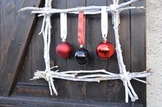 Rama Seca, Wind Chimes, Ideas Para, Outdoor Decor, Ideas Manualidades, Christmas, Home Decor, Christmas Sweets, Christmas Ornaments